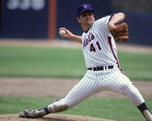 Baseball Great Tom Seaver Dies with Dementia