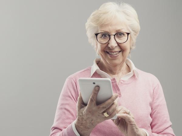 Bridging the Generational Communication Gap - the New Digital Grandparent