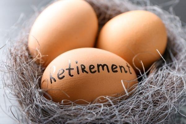 Building a Strong Nest Egg Before Retirement