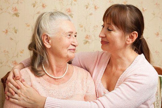 Dementia Caregiving Easier with Nonverbal Communication Techniques