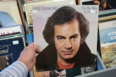 Neil Diamond Retires Following Parkinson's Diagnosis
