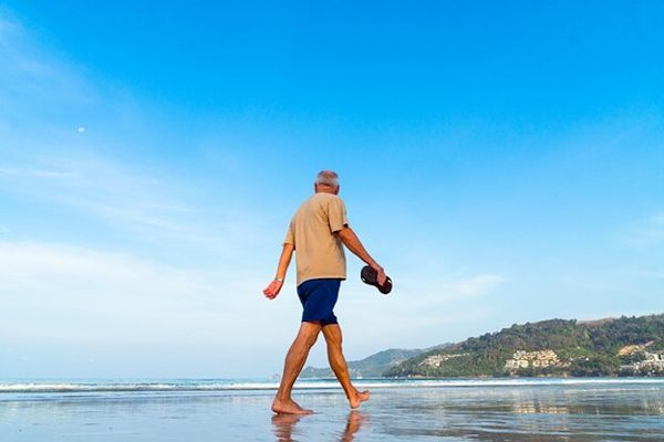 Tips to Control Mind and Body Now to Be Healthy Senior Tomorrow